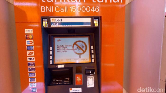ATM BNI pecahan Rp 20 ribuan di Yogyakarta, Jumat (7/2/2020).
