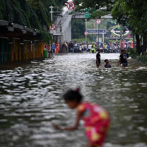 Banjir di Jakarta, 204 Gardu Listrik Masih Mati