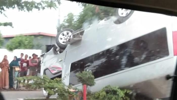 Minibus kecelakaan di Barru, Sulsel