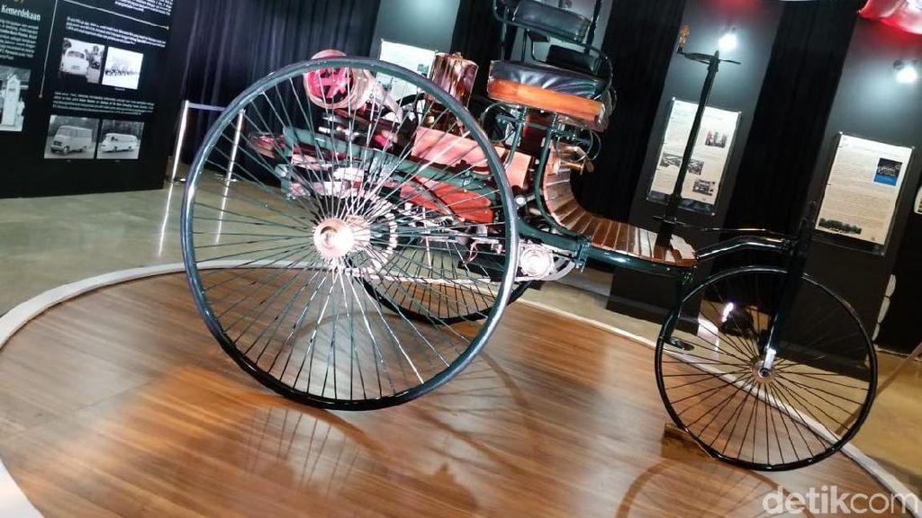 Replika Mobil Pertama di Dunia Ada Museum Nasional Indonesia