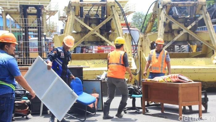 Gusur Kantor, Pelabuhan di Banyuwangi Dilaporkan Polisi