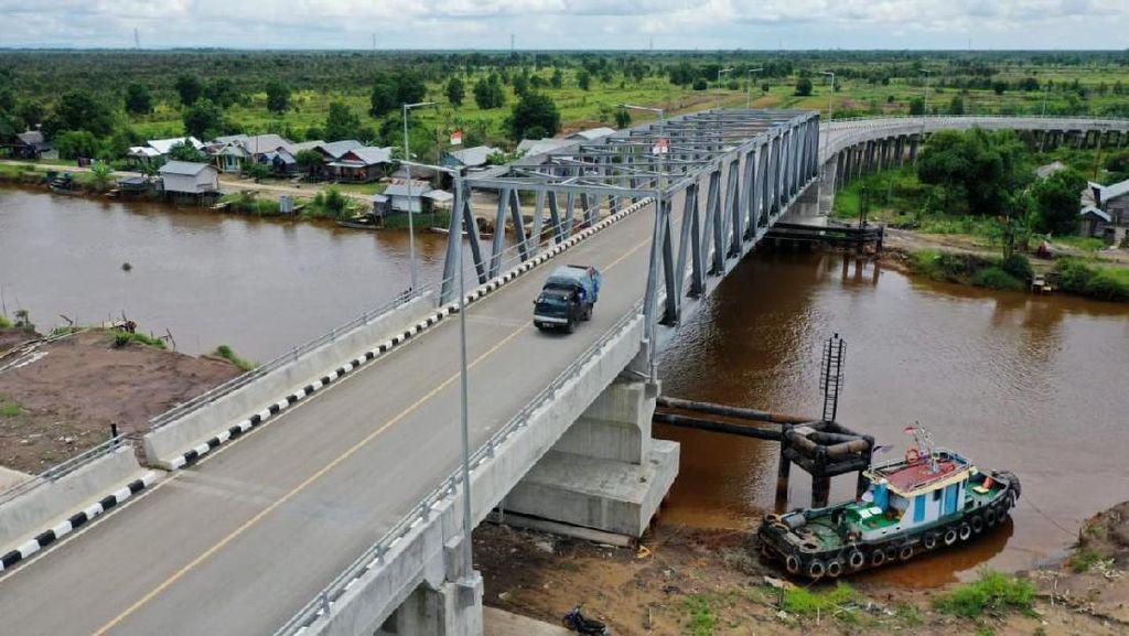 Ada Jembatan Antang, Warga Kalsel Tak Perlu Lewat Sungai