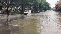 Banjir di Jalan Kalimalang, Motor Boleh Masuk Tol Becakayu