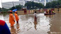 PLN Padamkan Listrik di Sejumlah Titik Jakarta Gegara Banjir