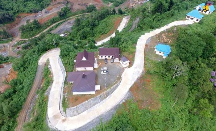 Kementerian PUPR membangun bendungan baru di sejumlah provinsi untuk mendukung ketahanan air dan pangan nasional. Salah satu bendungan yang sudah memasuki tahap akhir adalah Bendungan Tapin di Kabupaten Tapin, Kalimantan Selatan (Kalsel).