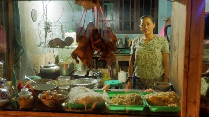 mie ayam tumini - sosok Ibu Tumini pemilik Mie Ayam Tumini legendaris di yogyakarta