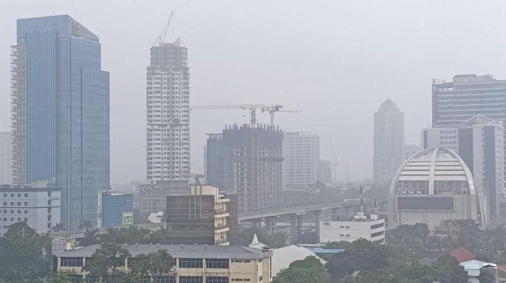 Hujan Deras di Jakarta Siang Ini Diprediksi Sampai Sore