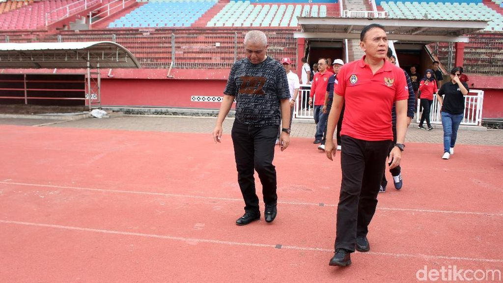 Ketum PSSI Tinjau Stadion Pendamping Piala Dunia U-20 di Sidoarjo