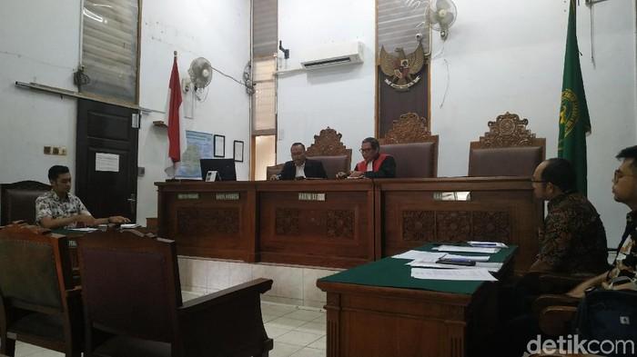 MAKI ajukan praperadilan melawan KPK terkait kasus suap PAW legislator PDIP (Foto: Bil Wahid/detikcom)