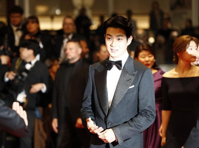 CANNES, FRANCE - MAY 21: Choi Woo-Shik attends the screening of Parasite during the 72nd annual Cannes Film Festival on May 21, 2019 in Cannes, France. (Photo by John Phillips/Getty Images)