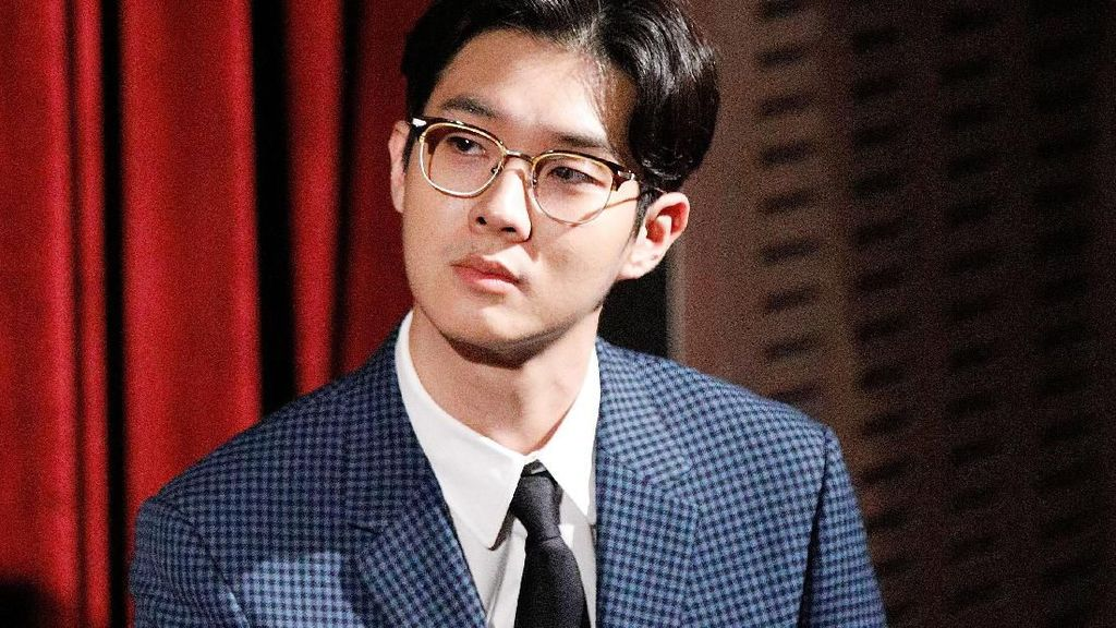 Potret Choi Woo Shik, Aktor Baby Face yang Terkenal Lewat Film Parasite