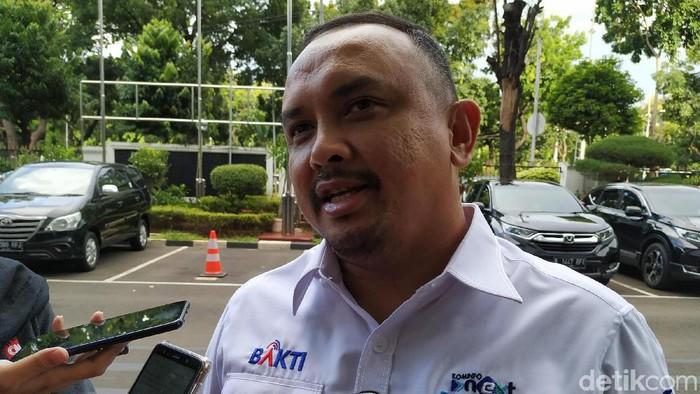 Direktur Utama BAKTI Anang Latif