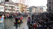 Potret Semarak Karnaval Venesia di Italia