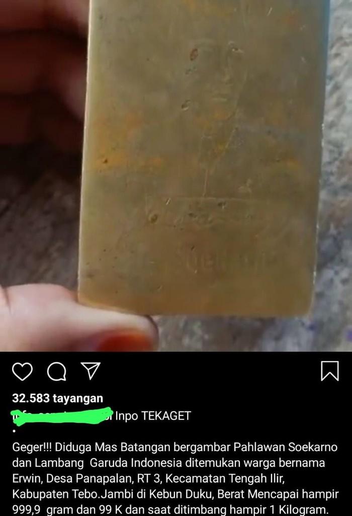 Video penemuan emas batangan bergambar sukarno di Jambi, polisi sebut hoax (Screenshot video viral)