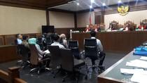 Jaksa Cecar Saksi soal Angsuran Ferrari California dari Rekening Wawan