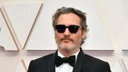 Lebih Dekat dengan Joaquin Phoenix, Aktor Terbaik Oscar 2020