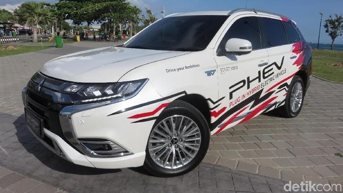 Plus Minus Mobil Hijau Rp 1,2 Miliar Mitsubishi Jelajah Lombok
