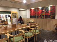 Kyoto Gion Cafe: Mencicip Gyutan Don Plus Matcha di Ruang Tatami