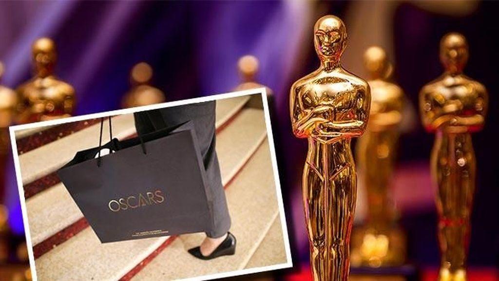 Unboxing Goodie Bag Oscar 2021 Senilai Rp 871 Juta