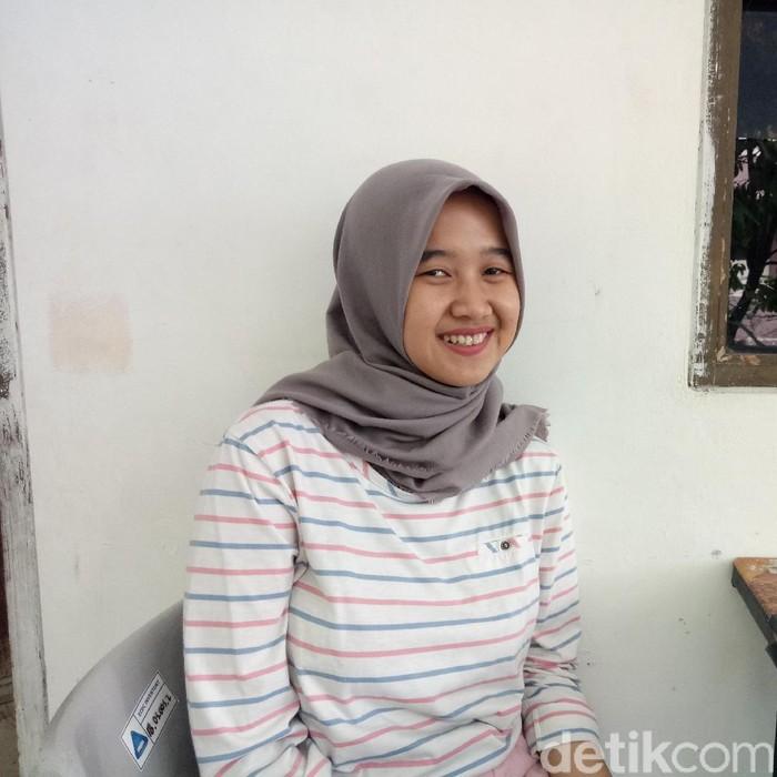 Lailatul Pitriyah, mahasiswa Manajemen UPN 2017, Senin (10/2/2020).