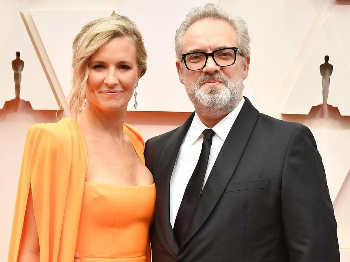 HOLLYWOOD, CALIFORNIA - FEBRUARY 09: (L-R) Musician Alison Balsom and filmmaker Sam Mendes attend the 92nd Annual Academy Awards at Hollywood and Highland on February 09, 2020 in Hollywood, California. (Photo by Amy Sussman/Getty Images)