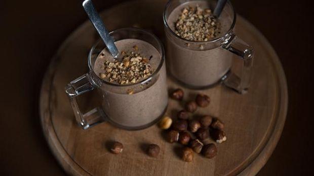 Cara membuat susu kedelai rasa coklat.