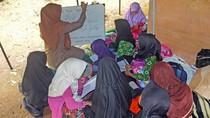 Bangunan Sekolah Rusak, Siswa Lebak Belajar di Tenda