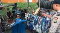 Bikin Macet, Anak Punk Bawa Vespa Gembel di Deli Serdang Dibubarkan Polisi