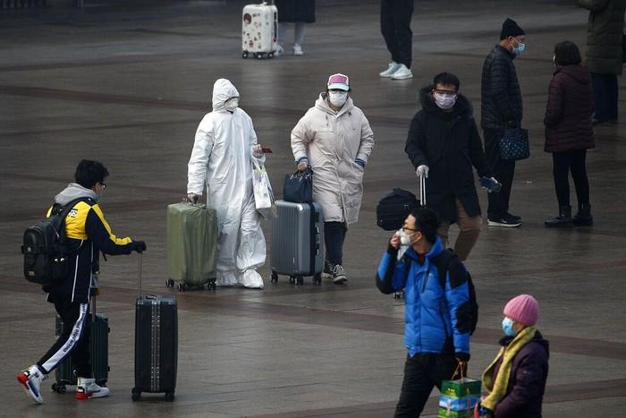 Libur Tahun Baru Imlek telah berakhir sejak Senin (10/2) lalu. Warga mulai kembali ke Beijing dengan kenakan masker dan alat pelindung guna cegah virus corona.