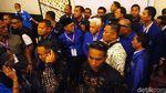 Foto-foto Perang Kursi di Kongres PAN