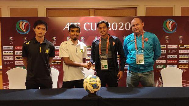 Konferensi pers jelang Tampines Rovers vs PSM Makassar pada laga Grup H Piala AFC 2020, Selasa (11/2).