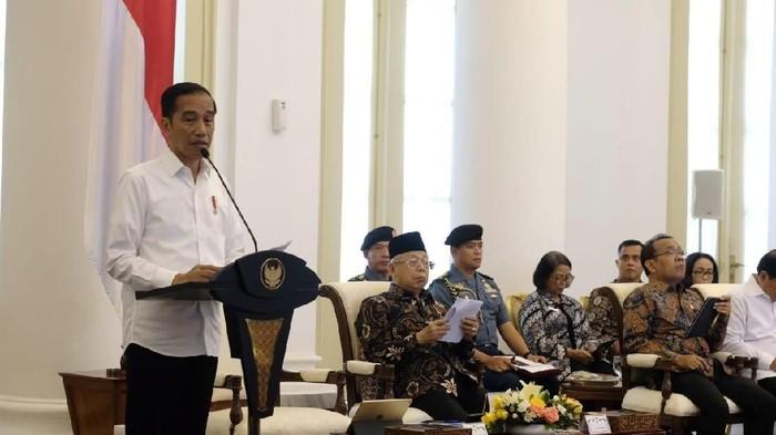 Jokowi Buka Sidang Kabinet tentang Antisipasi Dampak Perekonomian Global