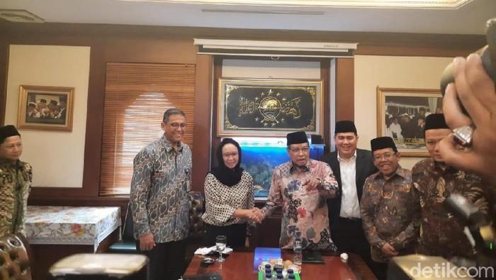 Menlu Retno bertemu Ketum PBNU Said Aqil (Foto: Yogi Ernest/detikcom)