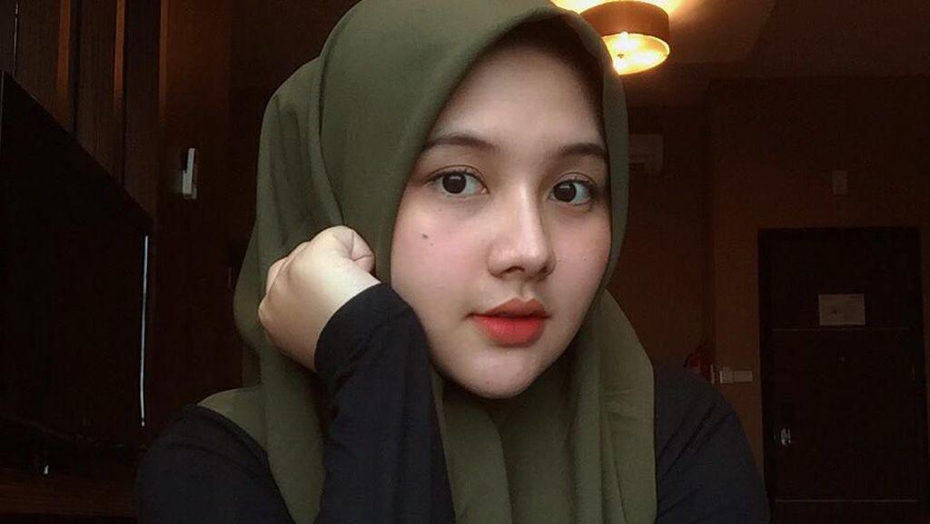 Cantiknya Hijabers Calon Istri Sahrul Gunawan, Berusia 19 Tahun Lebih Muda