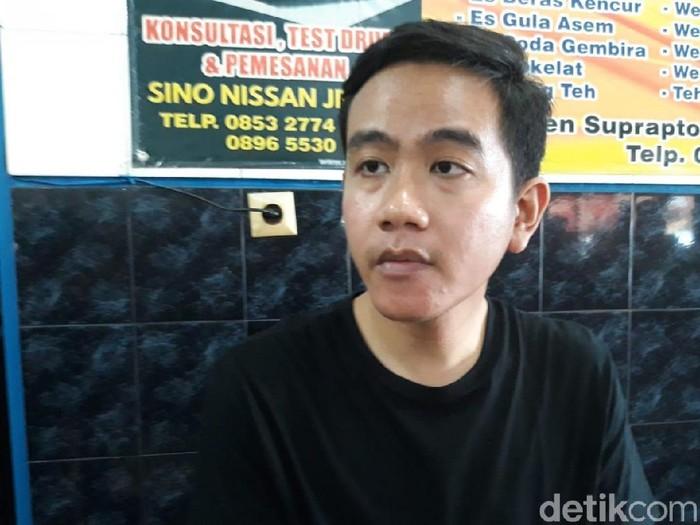 Gibran Rakabuming Raka bicara soal dukungan Gerindra, Solo, Selasa (11/2/2020).