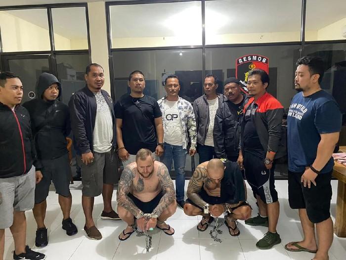Polda Bali tangkap 2 WN Bulgaria pelaku skimming di Kuta (Dok. Polda Bali)