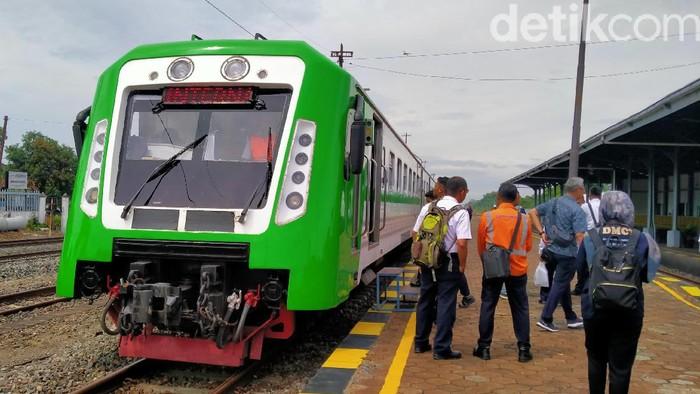 Penampakan kereta bandara tujuan Adi Soemarmo