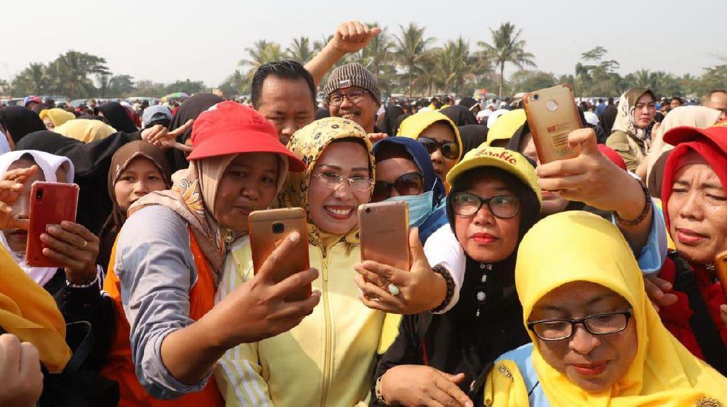 Survei Ini Catat Elektabilitas Cabup Ratu Tatu hingga 55,7%