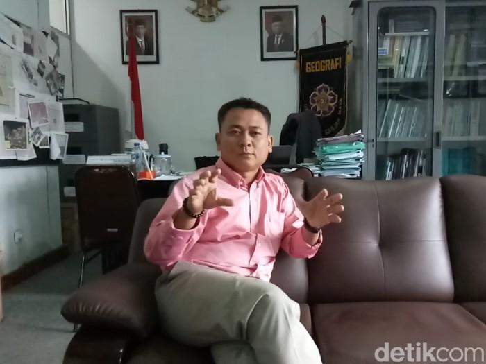 Dekan Fakultas Geografi UGM, Muh Aris Marfai, Rabu (12/2/2020).