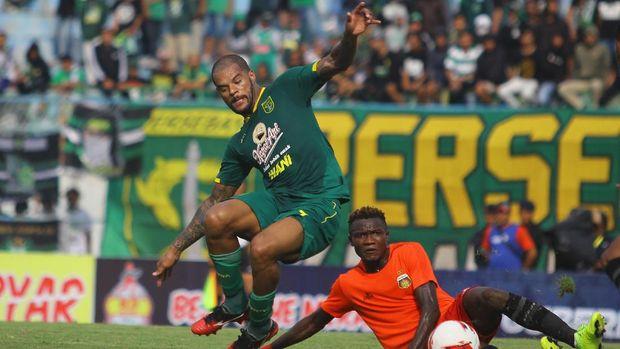 Persebaya Surabaya saat dikalahkan Bhayangkara FC. (