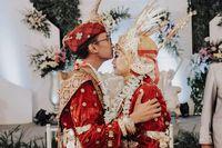 Terpopuler Sepekan: Kiriman DM 'Assalamualaikum' yang Berujung ke Pernikahan