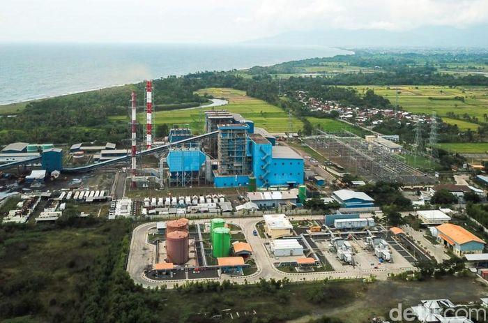 PLN terus mendorong penggunaan olahan sampah menjadi pengganti bahan bakar pembangkit. Setelah sukses di Bali, kini PLN bersama anak usahanya mengembangkan penggunaan pelet sampah untuk Pembangkit Listrik Tenaga Uap (PLTU) Jeranjang berkapasitas 3 x 25 Megawatt (MW) yang berlokasi di Desa Taman Ayu, Lombok Barat.