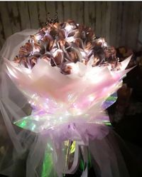 Unik, Uang Kertas Dibentuk Jadi Buket Bunga Buat Hadiah Valentine