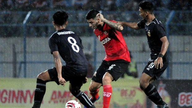 Live Streaming Piala Gubernur Jatim: Madura United vs Persija