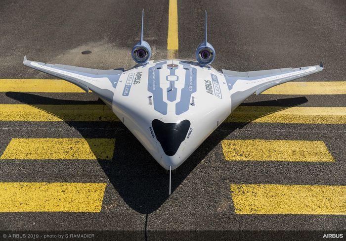 Pesawat MAVERIC Airbus