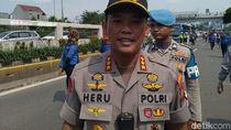 Polisi Jelaskan Awal Mula Kericuhan Demo Buruh di DPR
