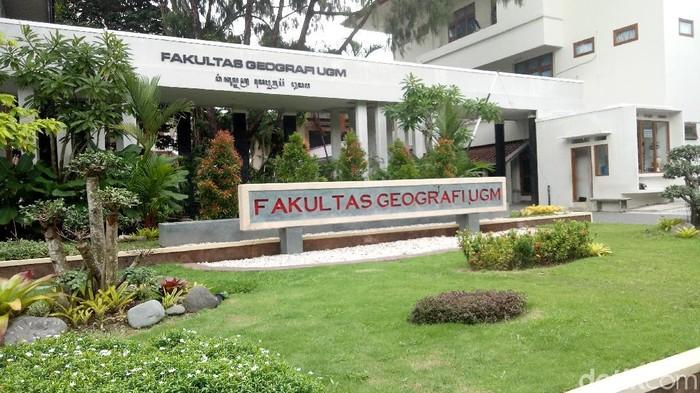 Gedung Fak Geografi UGM