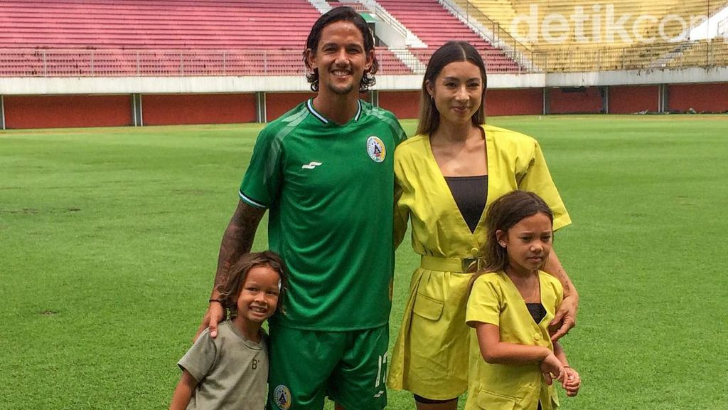 Boyong Keluarga ke Yogya, Irfan Bachdim Butuh Masakan Jennifer