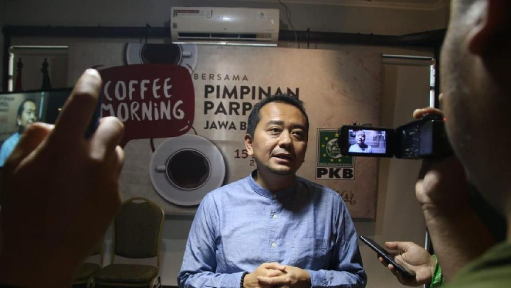 Komisi X DPR Desak Kemendikbud Alokasikan Dana Darurat untuk Kuota PJJ