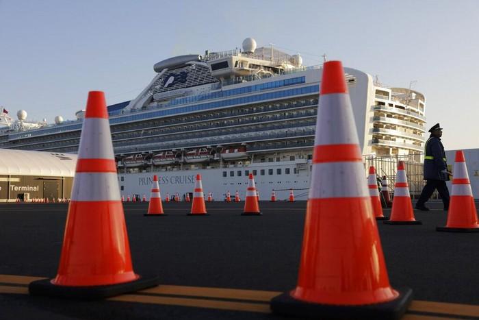 Jumlah orang yang positif virus corona di kapal pesiar Diamond Princess di Jepang bertambah jadi 218 orang. Sebelumnya diketahui ada 175 orang positif virus itu
